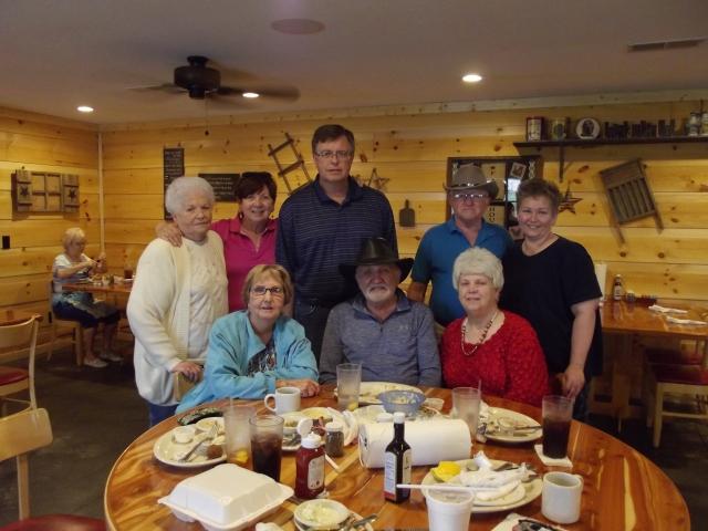 Nelta, Vernon, Eileen, Lula, me, Tom Fred, Leta Rai